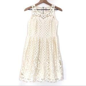 ☀️ Xhileration | Cream Lace Sleeveless Dress